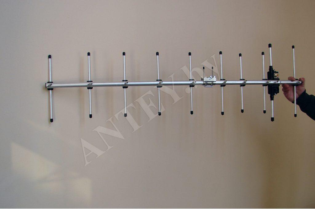 Антенна Diamond A430S10R2 Yagi